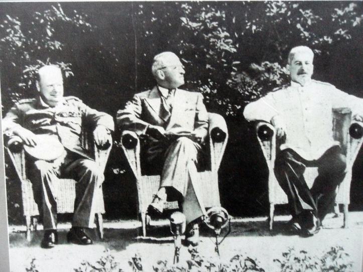 Churchil, Truman and Stalin