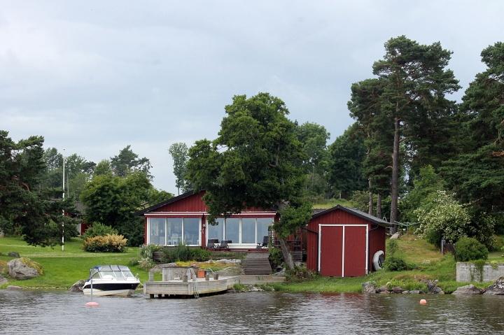 Lunch stop at Lake Ekoln, Uppsala