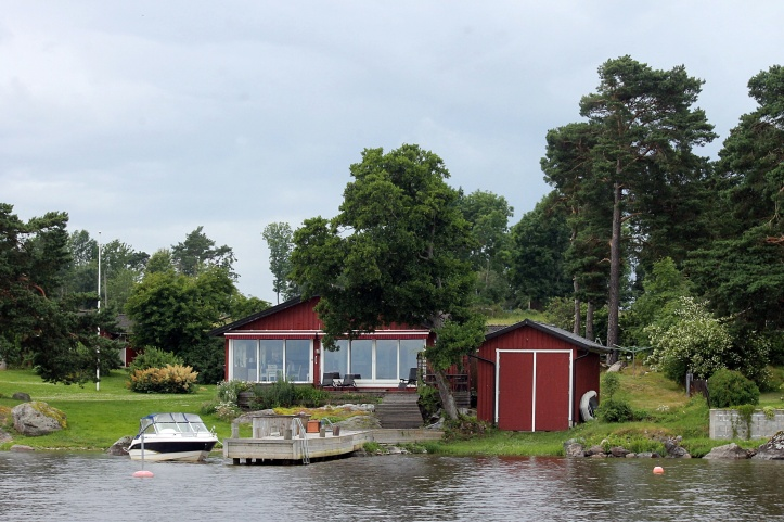 Lunch stop at Lake Ekoln, Uppsala