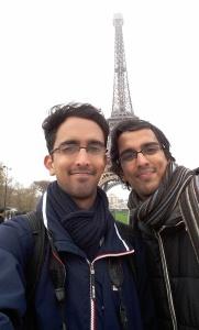 Eifell tower selfie