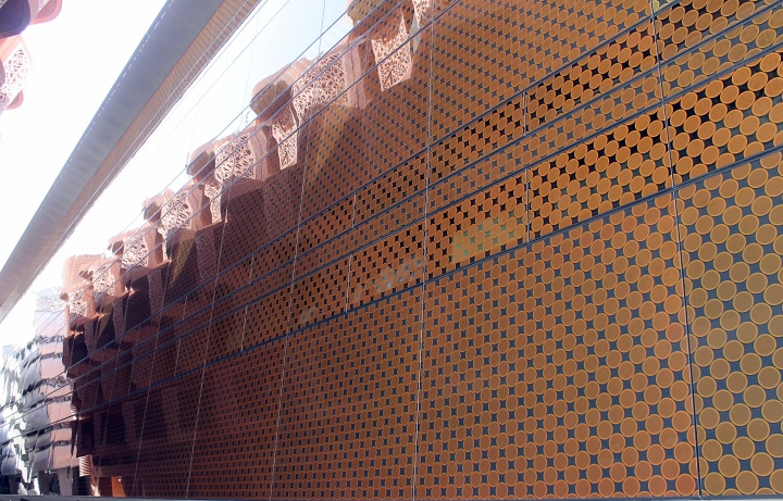 Buildings at Masdar City 3
